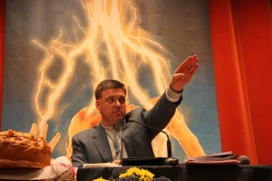 neo nazi ukraine svoboda tynai